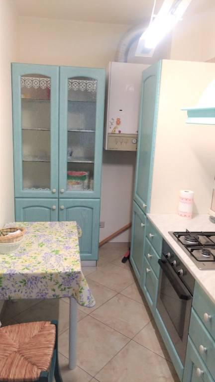 Appartamento in buone condizioni arredato in affitto Rif. 8297461