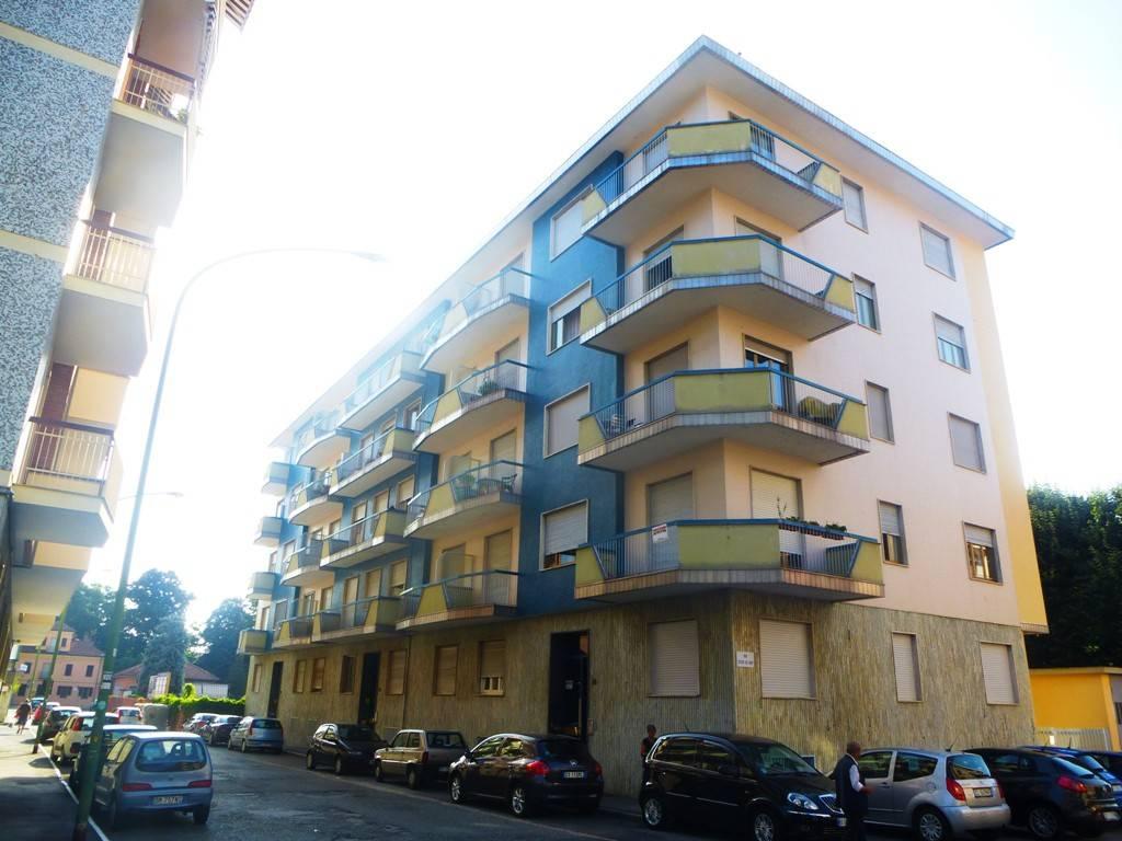 Appartamento in ottime condizioni arredato in affitto Rif. 8296503