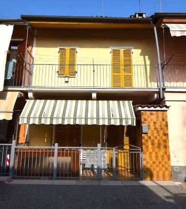 Appartamento da ristrutturare in vendita Rif. 8914702