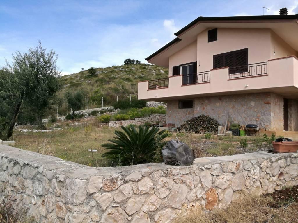 Villa arredato in vendita Rif. 8551684