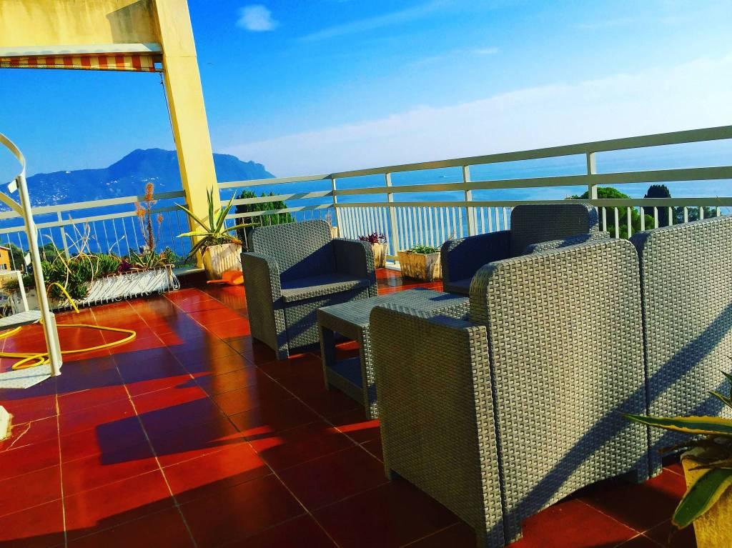 Appartamento in ottime condizioni arredato in affitto Rif. 8245289