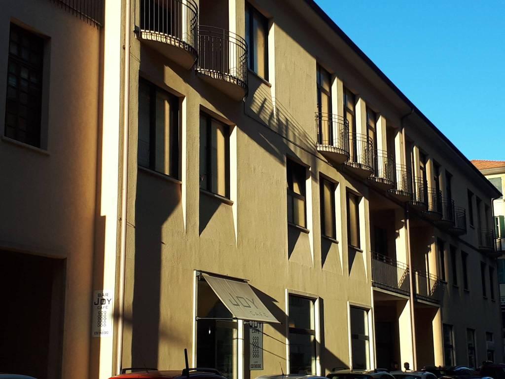 Attico / Mansarda in vendita a Imperia, 3 locali, prezzo € 155.000 | PortaleAgenzieImmobiliari.it