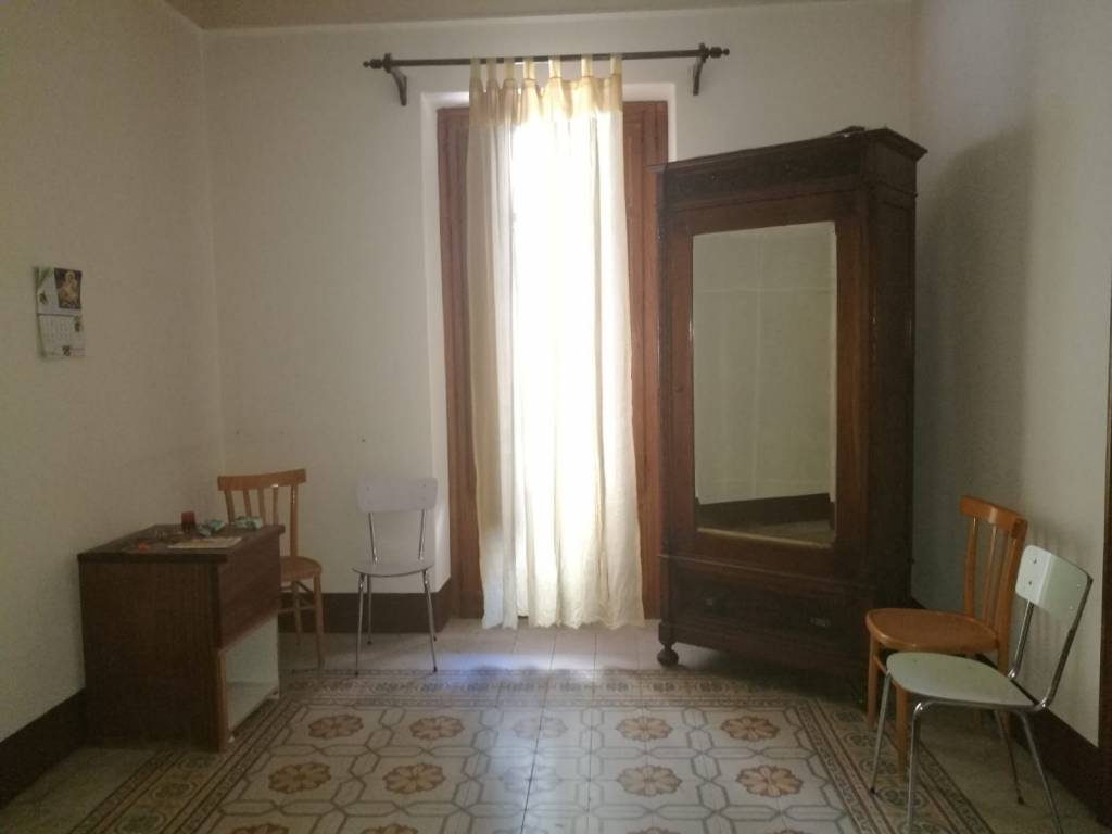 Appartamento in vendita via Paolo Emiliani Giudici 38 Palermo
