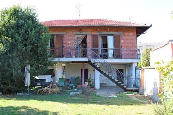 Villa da ristrutturare in vendita Rif. 8240793