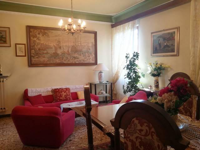 Appartamento in buone condizioni arredato in affitto Rif. 8311772