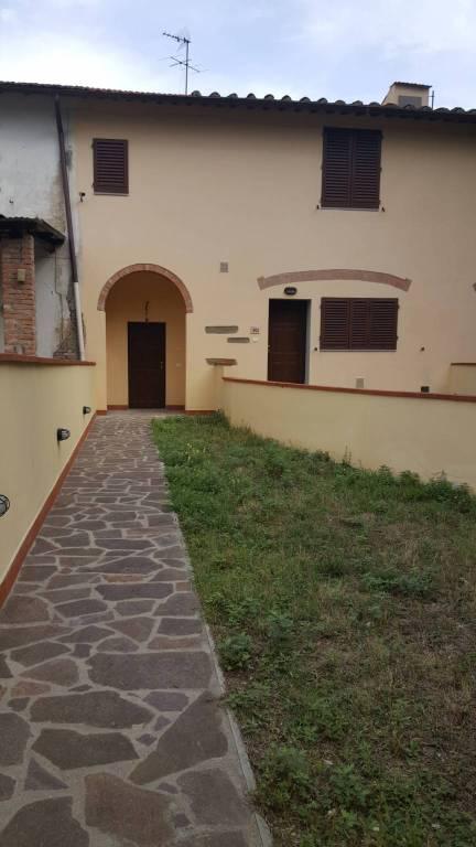 Appartamento in ottime condizioni in vendita Rif. 8313150