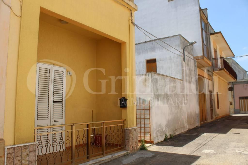 Appartamento in Vendita a Sannicola Centro: 3 locali, 102 mq