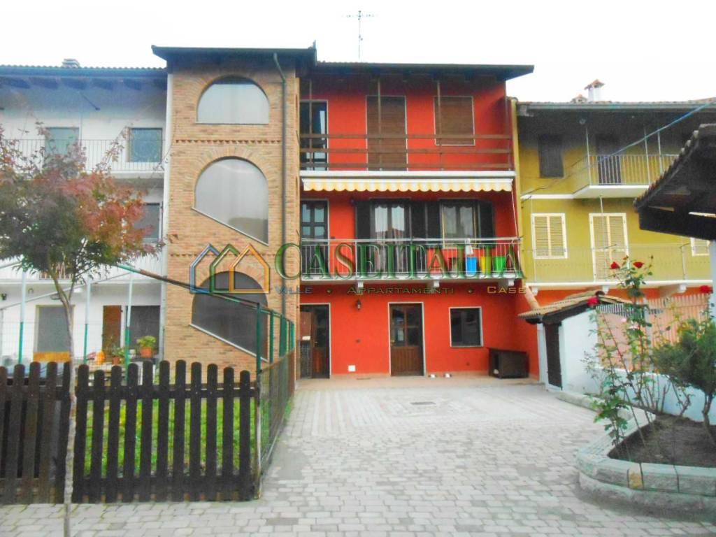 Foto 1 di Villetta a schiera via Fiorana 1, Strambino