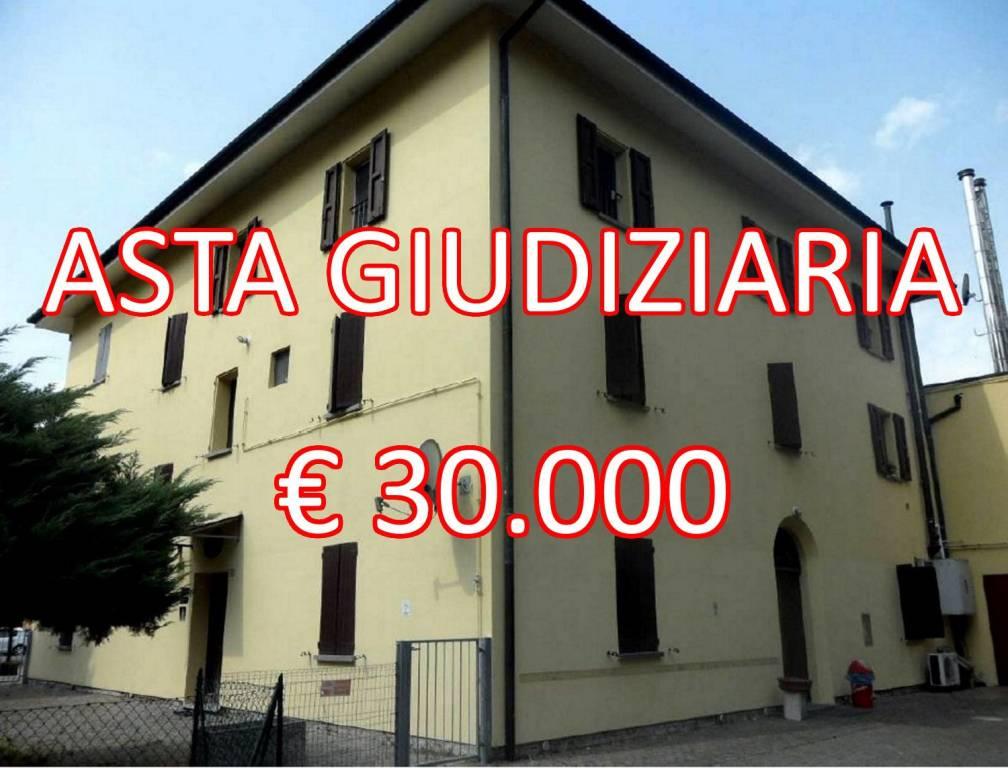 Appartamento in buone condizioni in vendita Rif. 8314170