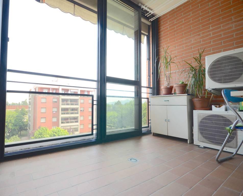 Appartamento in ottime condizioni parzialmente arredato in vendita Rif. 8314123