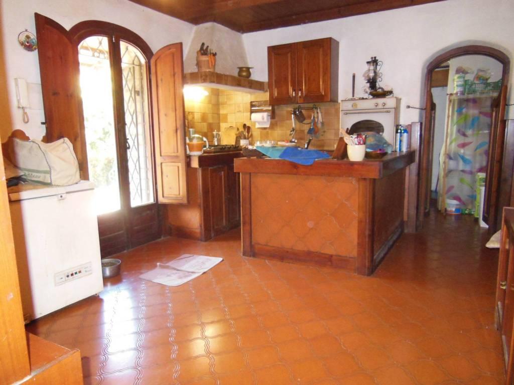 Villa in vendita a San Polo dei Cavalieri, 6 locali, prezzo € 410.000 | CambioCasa.it