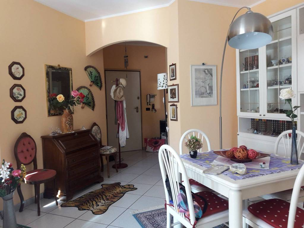 Appartamento in ottime condizioni in vendita Rif. 8311383
