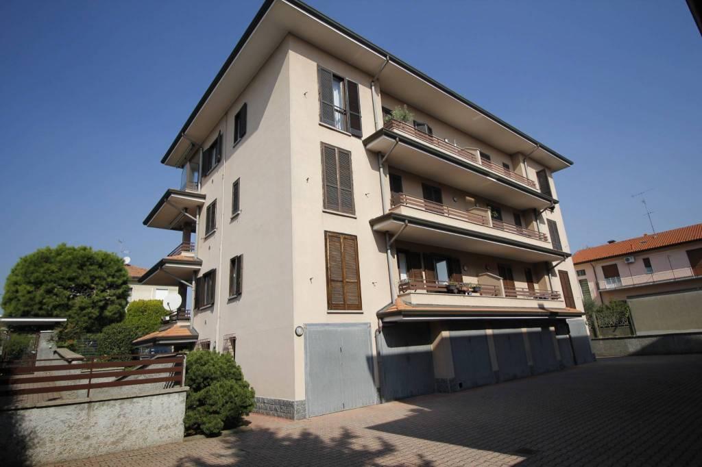 Appartamento in ottime condizioni in vendita Rif. 8314880