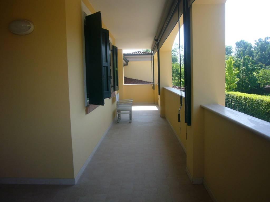 Appartamento in buone condizioni in vendita Rif. 8314973