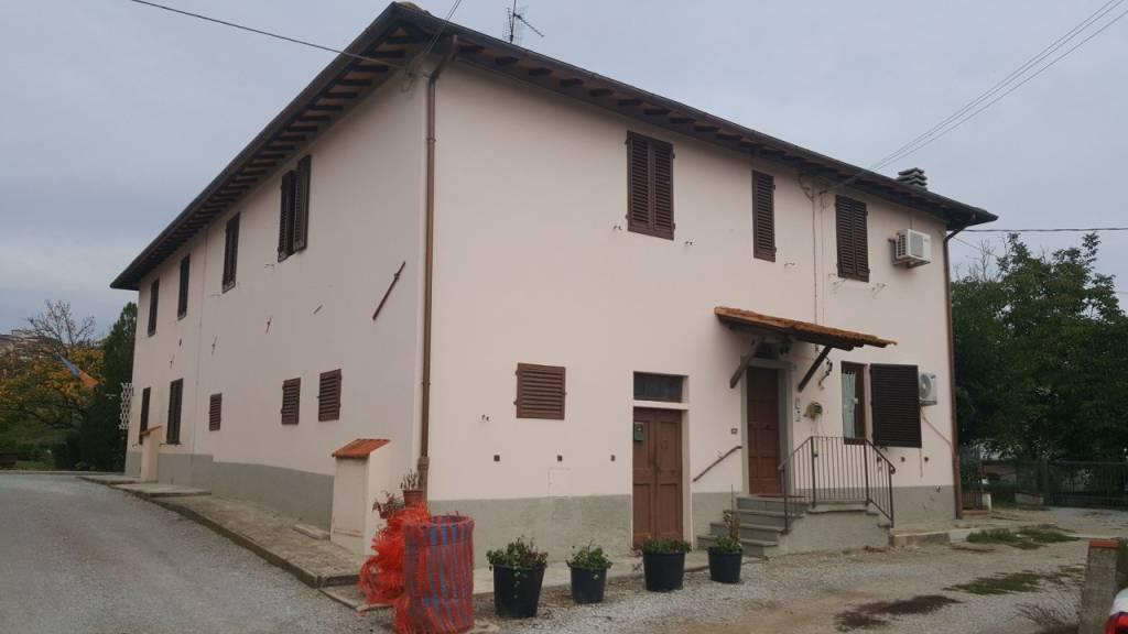 Appartamento in ottime condizioni in vendita Rif. 8314366
