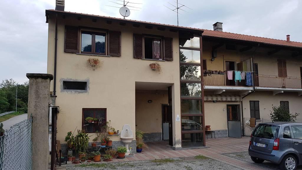 Rustico / Casale in buone condizioni in vendita Rif. 8315231