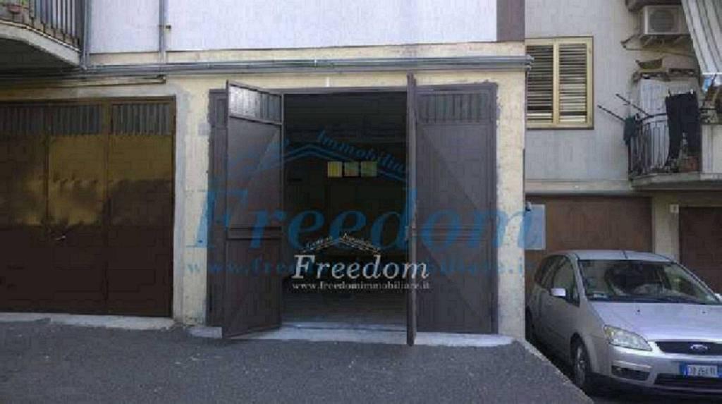 Posto-box auto in Vendita a Aci Sant'Antonio Centro: 1 locali, 30 mq