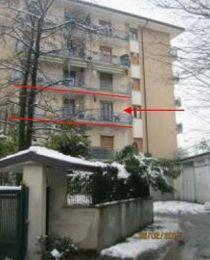 Appartamento in buone condizioni in vendita Rif. 9439150