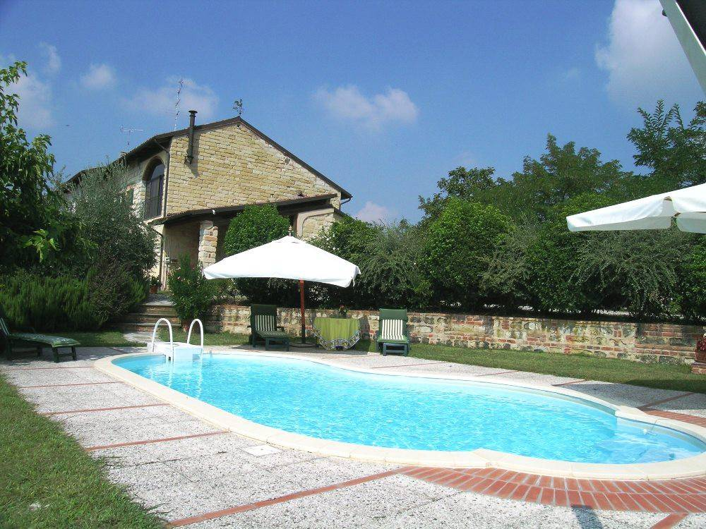 Rustico / Casale in Vendita a Sala Monferrato