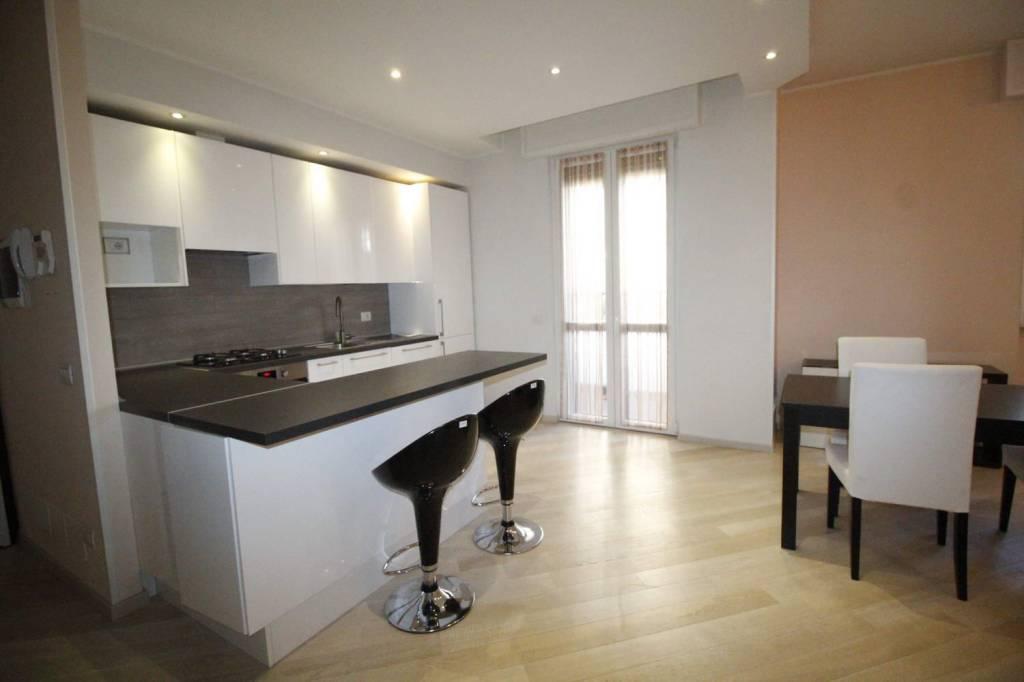 Appartamento in ottime condizioni arredato in affitto Rif. 8323609