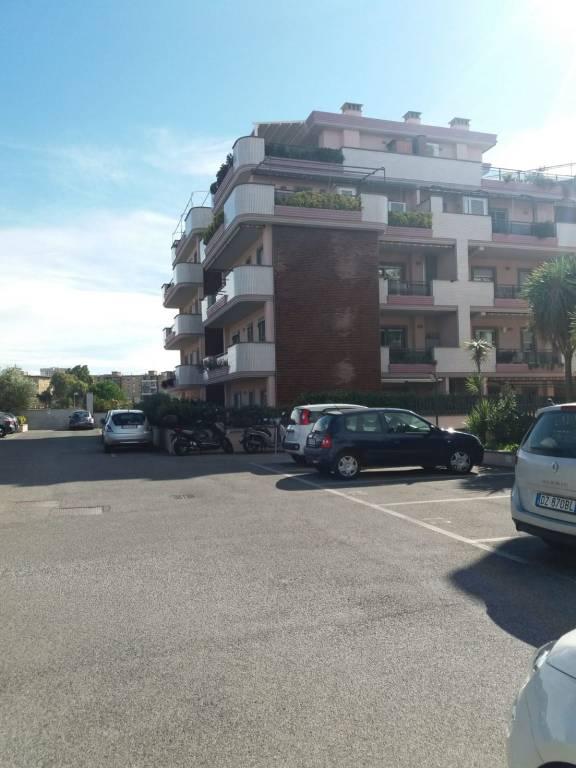 Appartamento in ottime condizioni in vendita Rif. 8324099