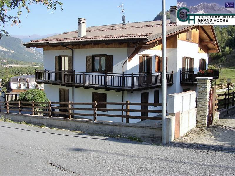 Appartamento in ottime condizioni parzialmente arredato in affitto Rif. 8323759