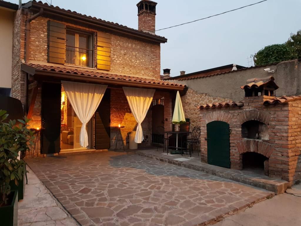 Villa in vendita a Leno, 3 locali, prezzo € 132.000 | CambioCasa.it