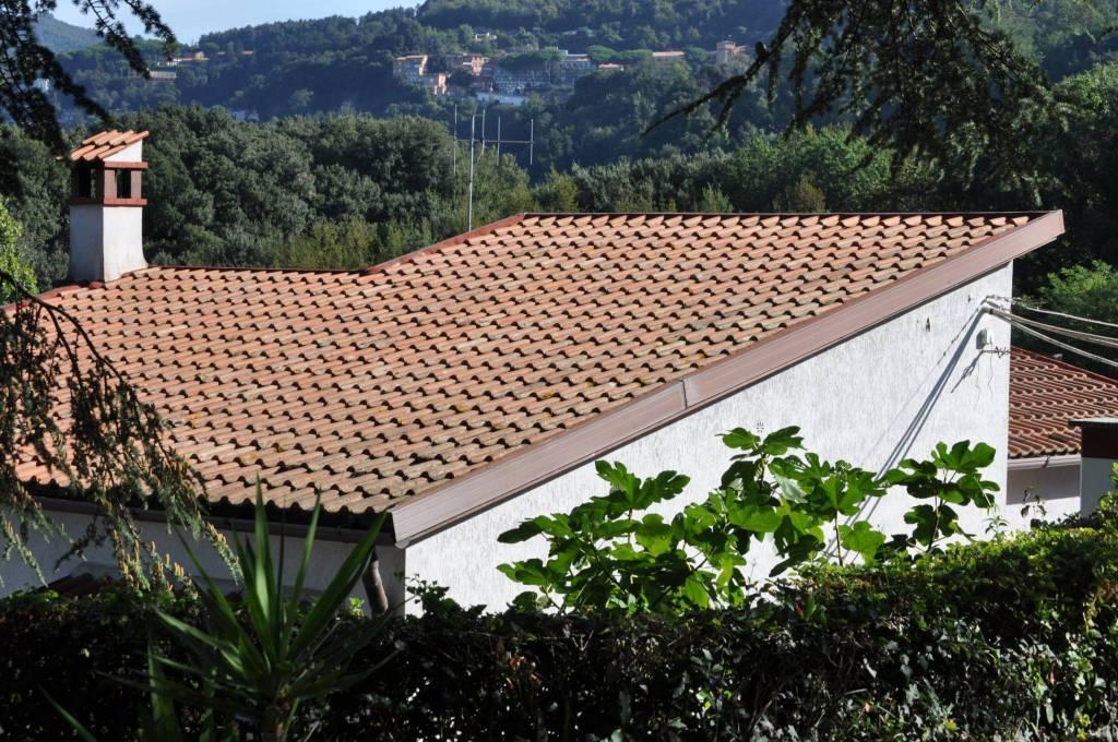 Villa in buone condizioni in vendita Rif. 8328044