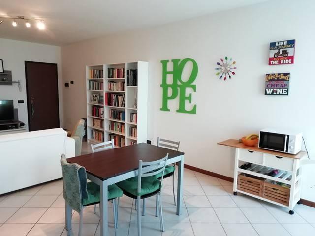 Appartamento in ottime condizioni arredato in affitto Rif. 8326985