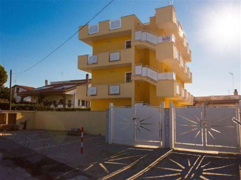 Appartamento in ottime condizioni arredato in affitto Rif. 8327703
