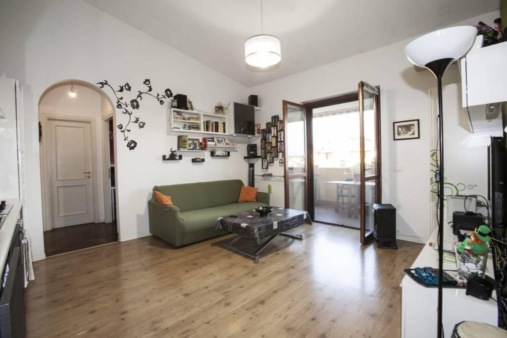 Appartamento in vendita a Roma, 2 locali, zona Zona: 38 . Acilia, Vitinia, Infernetto, Axa, Casal Palocco, Madonnetta, prezzo € 160.000 | CambioCasa.it