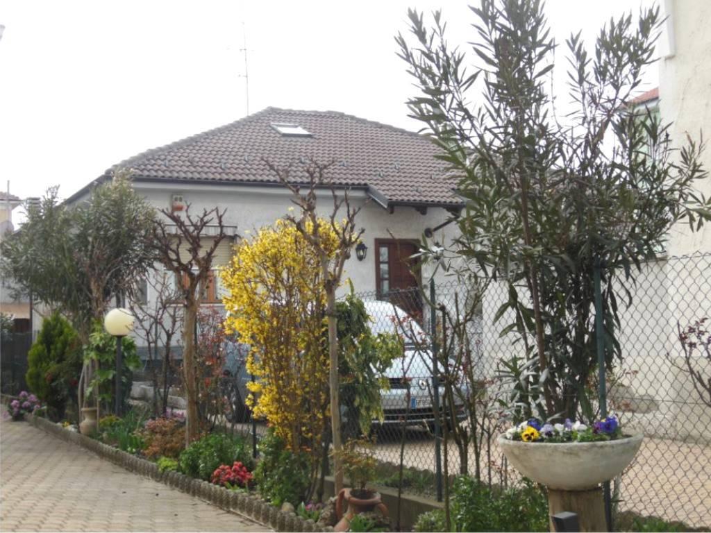 Villa in Vendita a Grugliasco