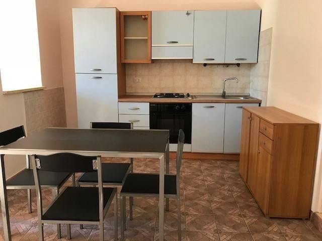 Appartamento in ottime condizioni arredato in affitto Rif. 8327705