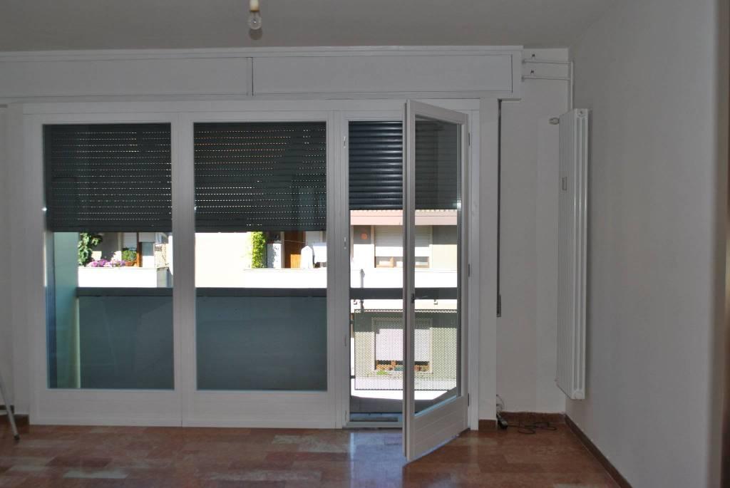 Appartamento in ottime condizioni in affitto Rif. 8326127