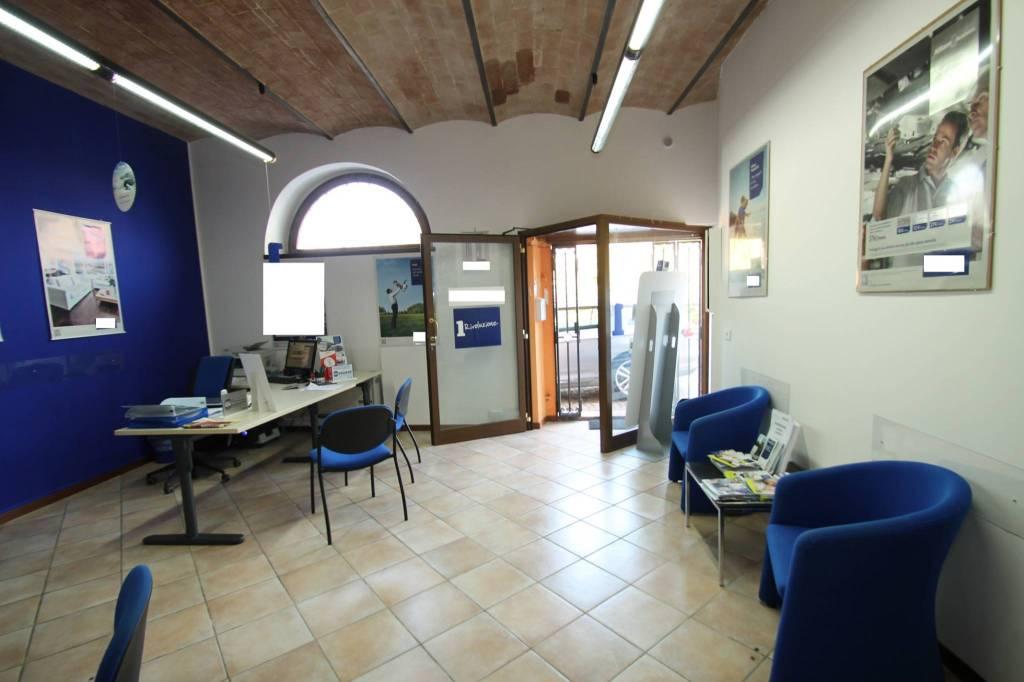 fabriano, piazza Garibaldi, ufficio al piano terra Rif. 8339441