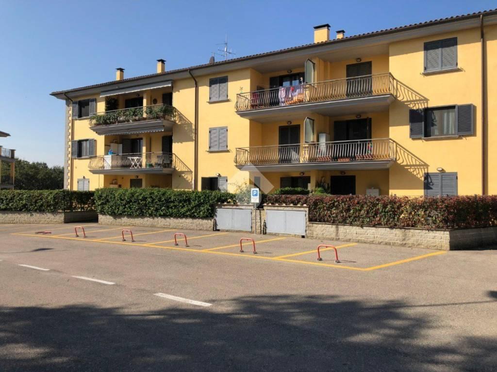 Appartamento in ottime condizioni arredato in affitto Rif. 9259572