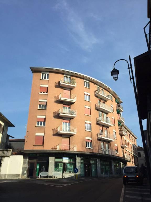 Appartamento in buone condizioni arredato in vendita Rif. 8337330