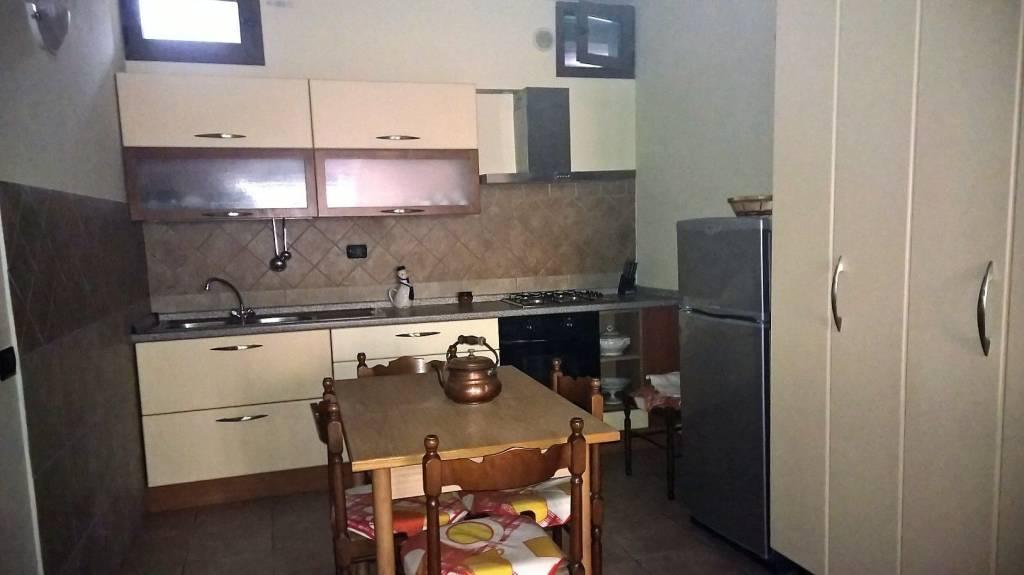 Palaia appartamento parzialmente arredato posto al p. terra