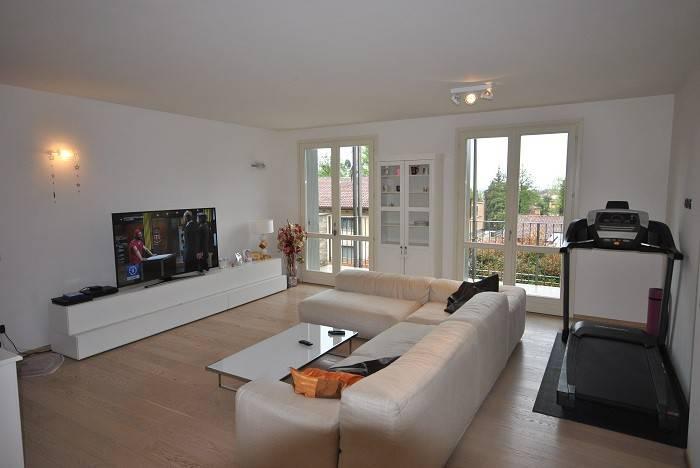 Appartamento in ottime condizioni in vendita Rif. 8337116