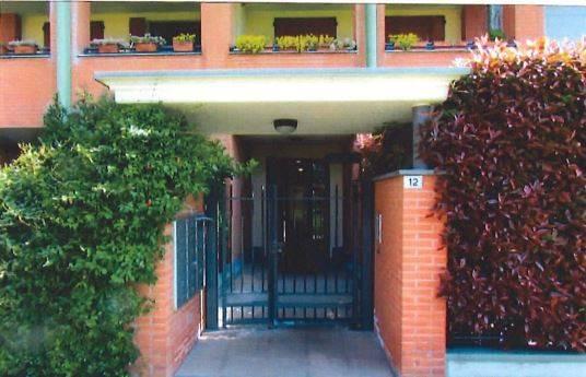 Appartamento in buone condizioni in vendita Rif. 8640896
