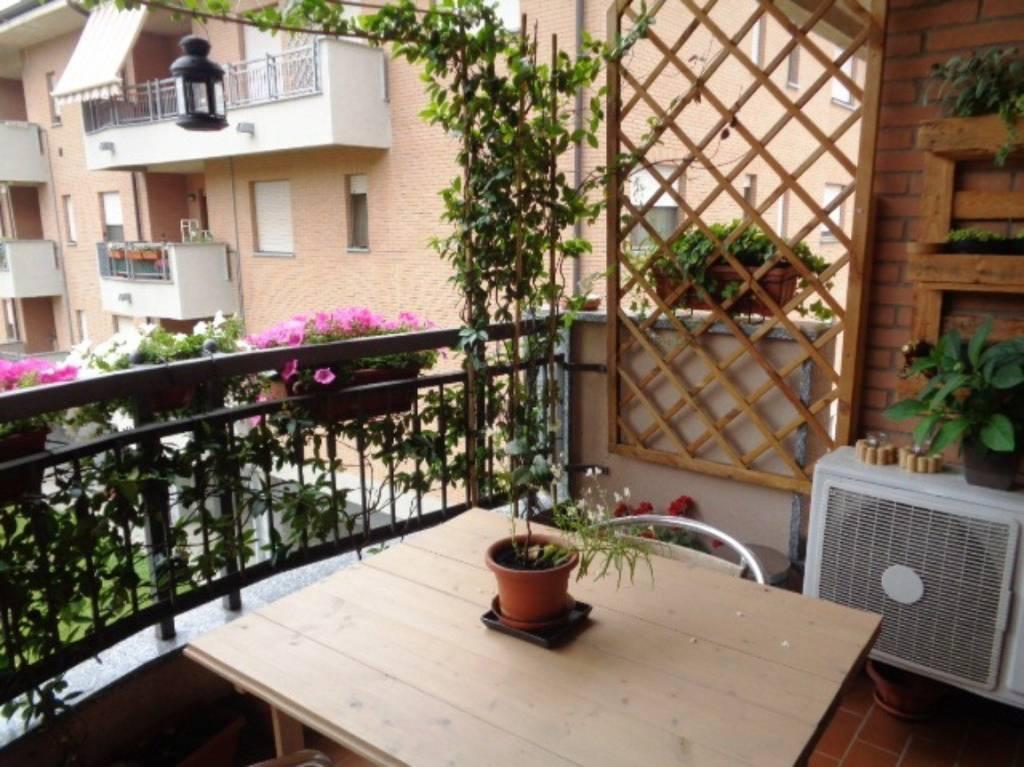 Appartamento in buone condizioni in vendita Rif. 8336542