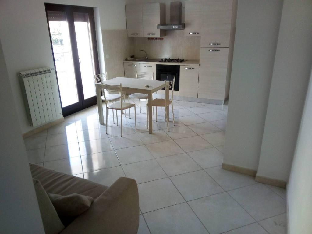 Appartamento arredato in affitto Rif. 8342232