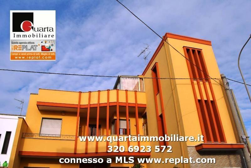 Appartamento in Vendita a Monteroni Di Lecce Periferia: 5 locali, 181 mq