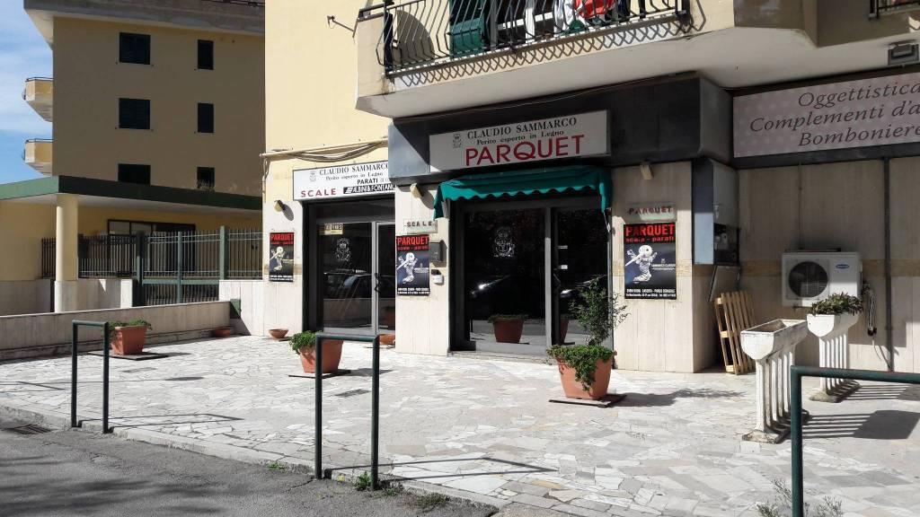 LOCALE COMMERCIALE DI 130 MQ A CASERTA !!! Rif. 7759462