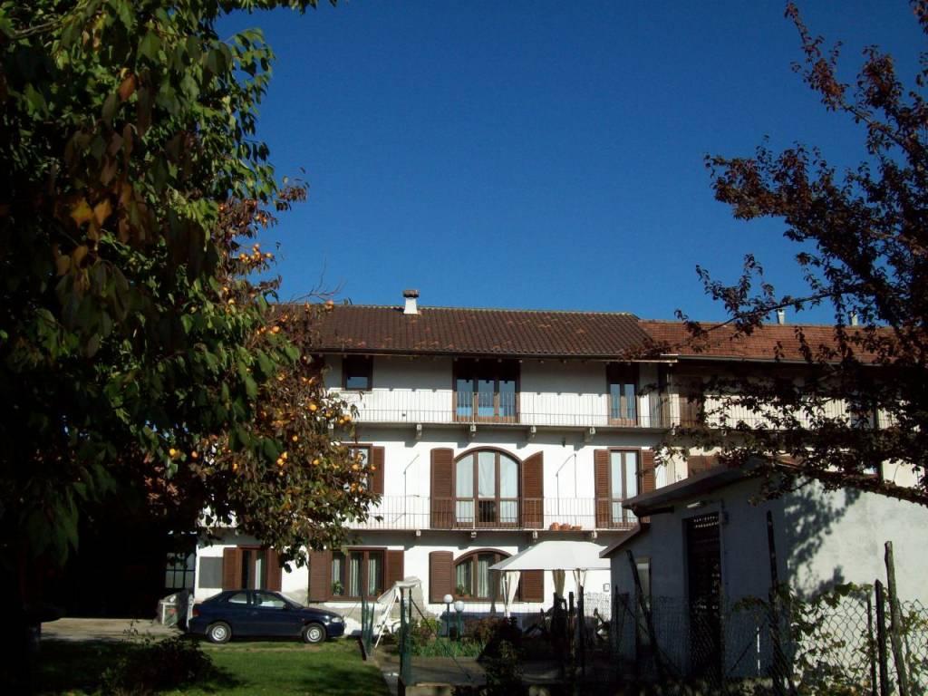 Appartamento in buone condizioni arredato in affitto Rif. 8337871