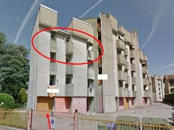 Appartamento in buone condizioni in vendita Rif. 8360825