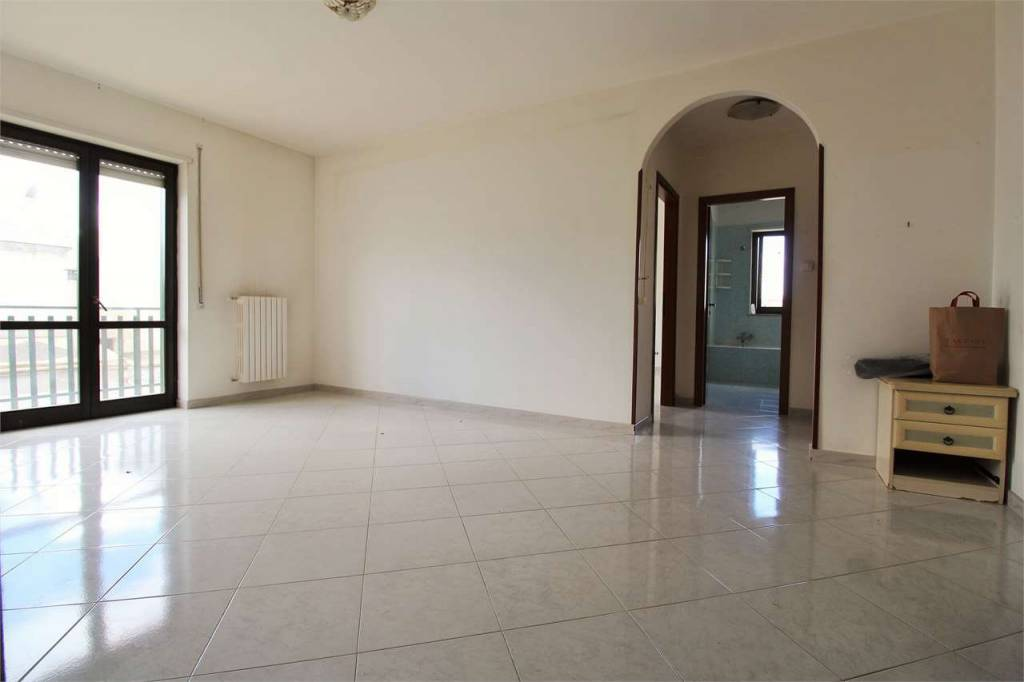 Appartamento in buone condizioni in vendita Rif. 8356990