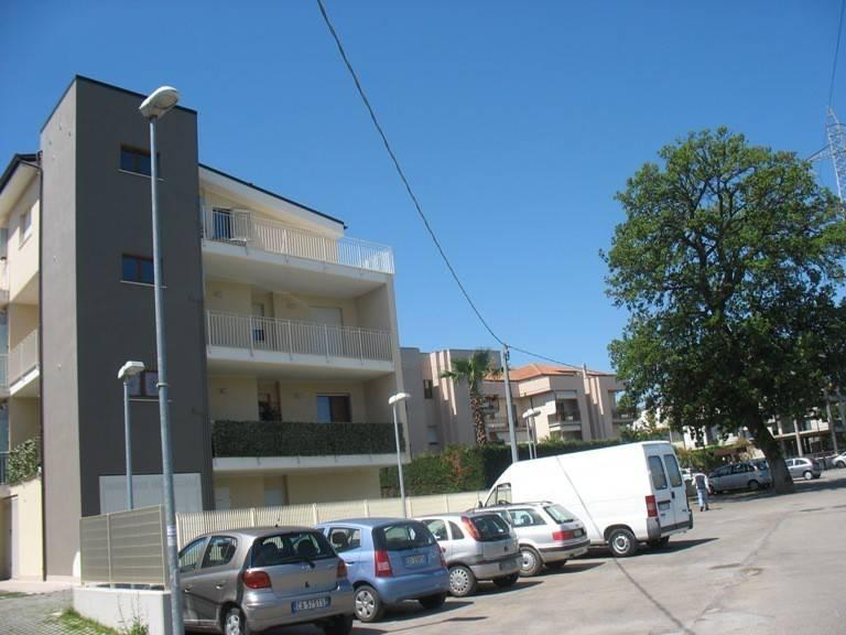Appartamento a Villa Raspa confine Pescara
