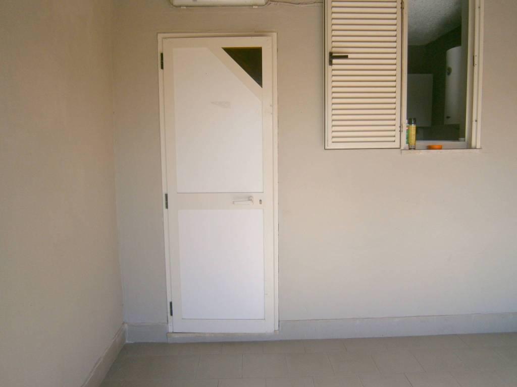 Appartamento in buone condizioni arredato in affitto Rif. 8549774