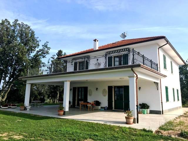 Villa 5 locali in vendita a San Severino Marche (MC)